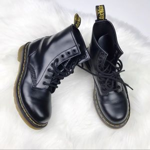Brand new Dr. Martens 1460 Nappa leather US 6